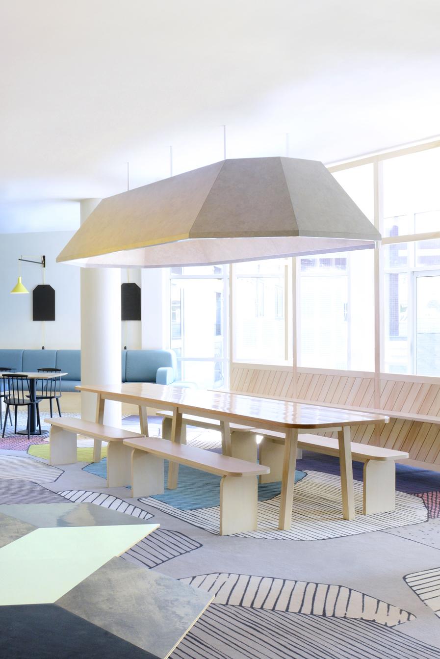 Bar H 244 Tel Ibis Style Prix Paris Design Amp Shop 2014
